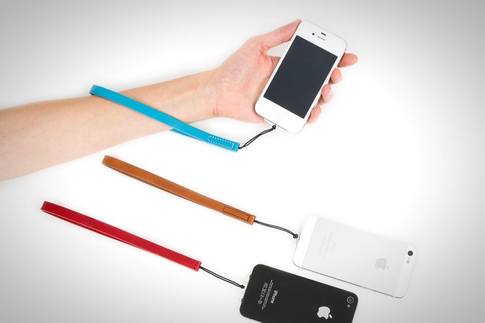 IPhone5 Lightning Strap 01fix