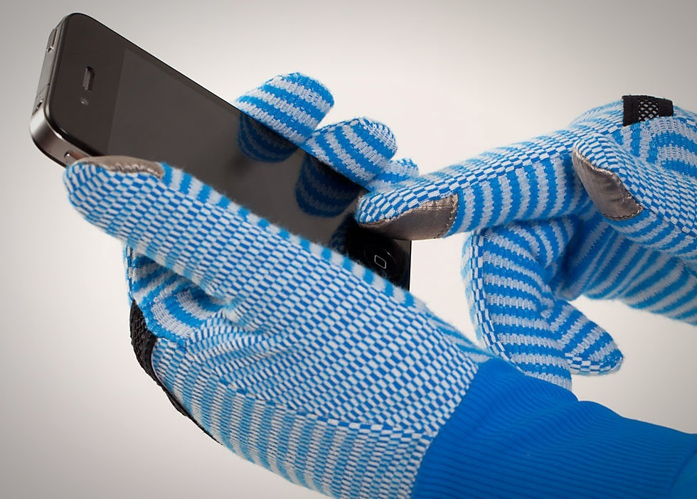 Iphone glove