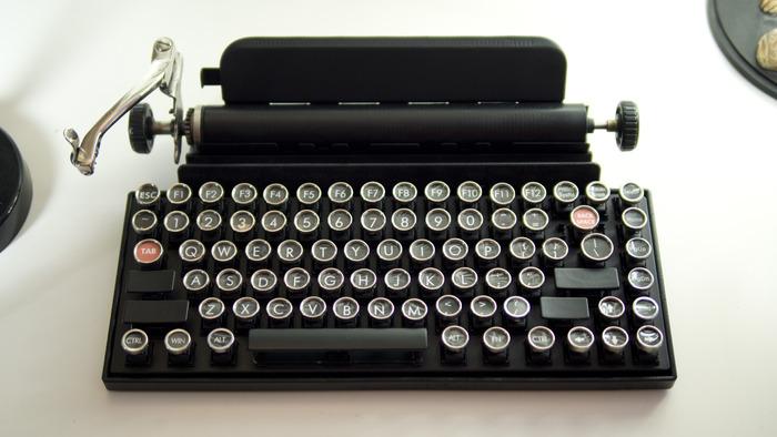 Owerkywriter Keyboard 01