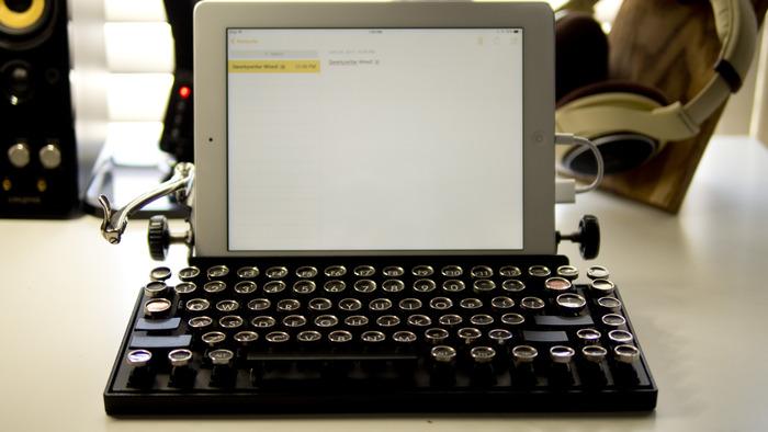 Owerkywriter Keyboard 02