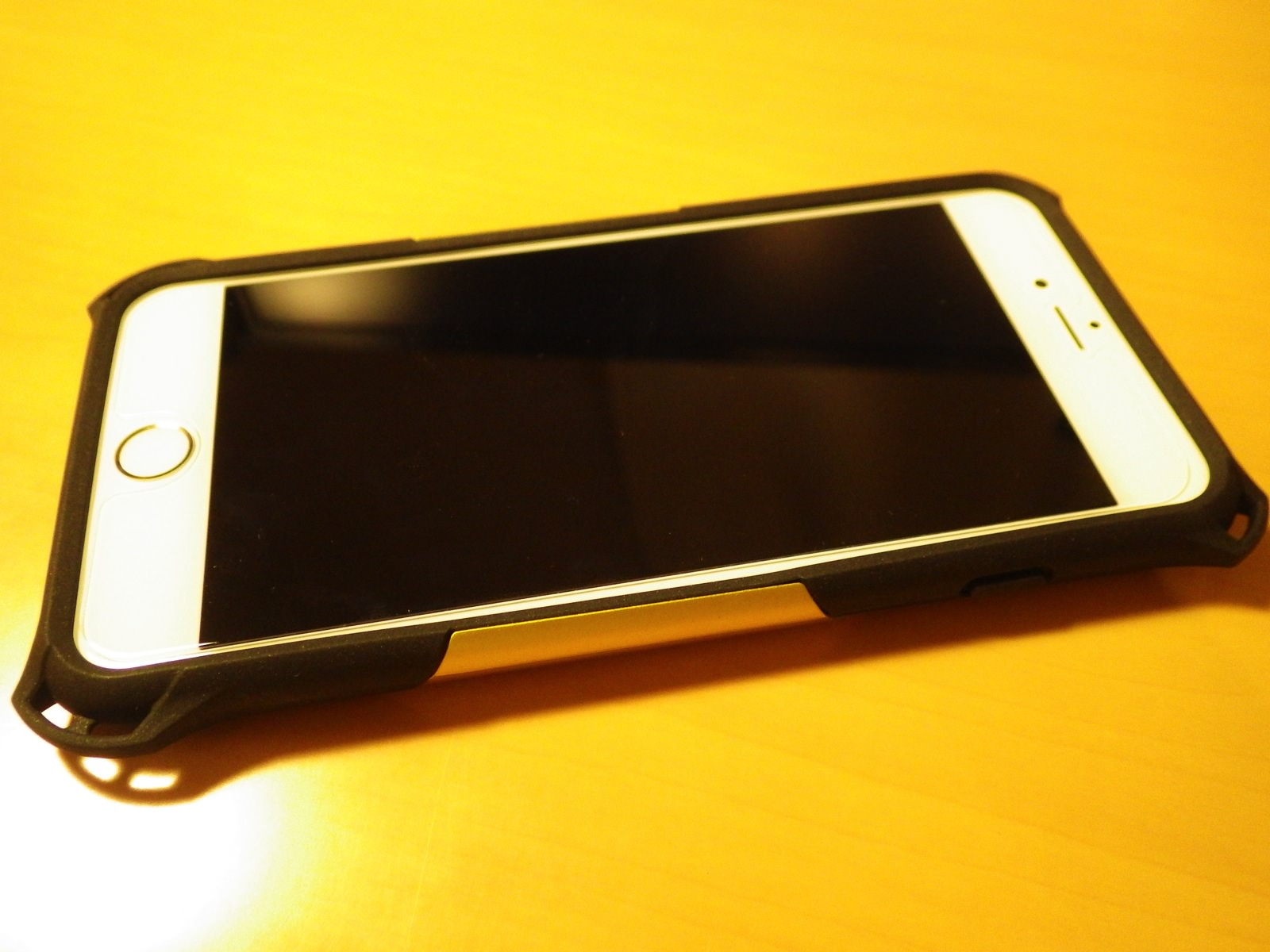 ZEROSHOCK iPhone6 Plus 07