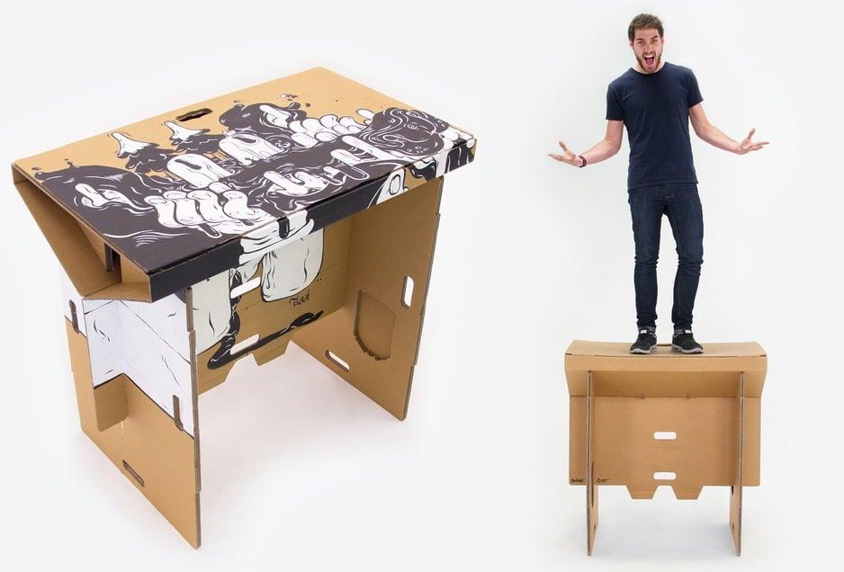 Danbooru Desk 03