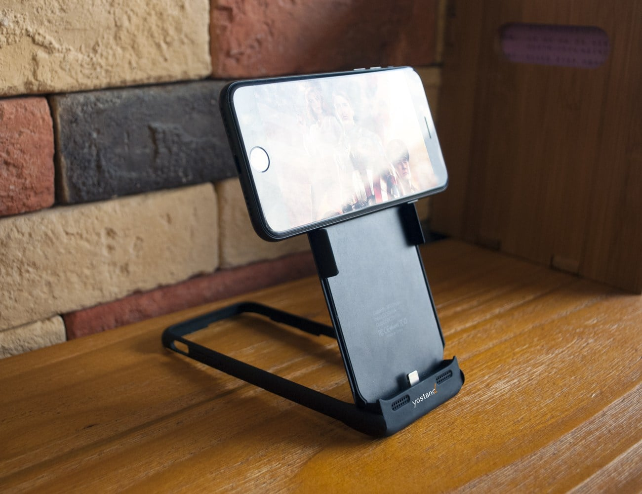 IStand7Pro 03