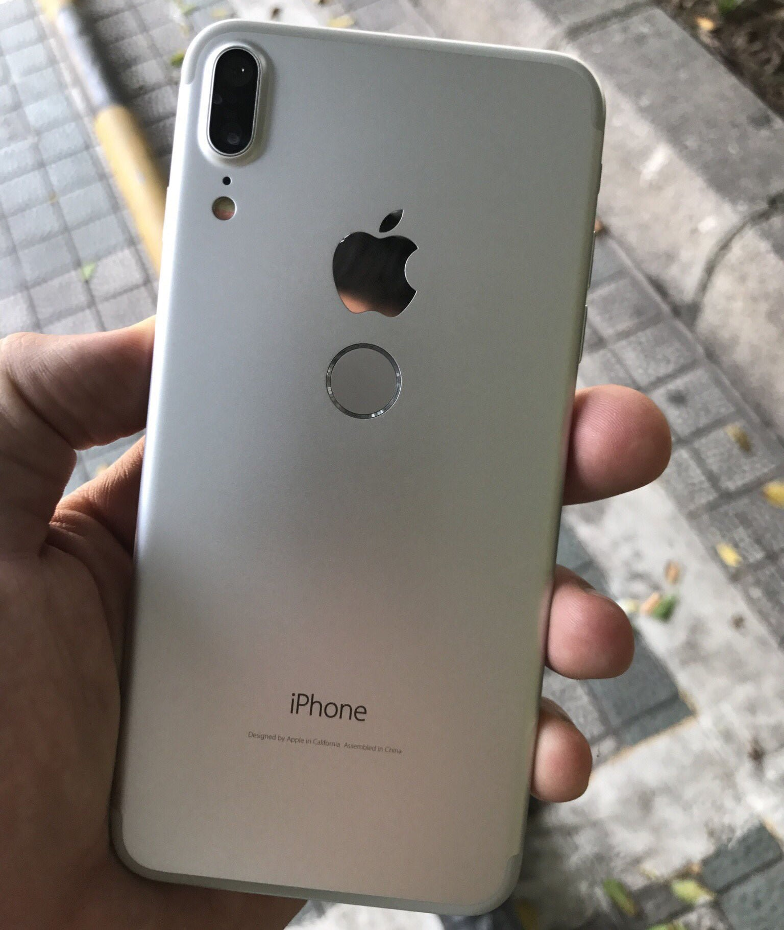 IPhone8 Fakemockup 03
