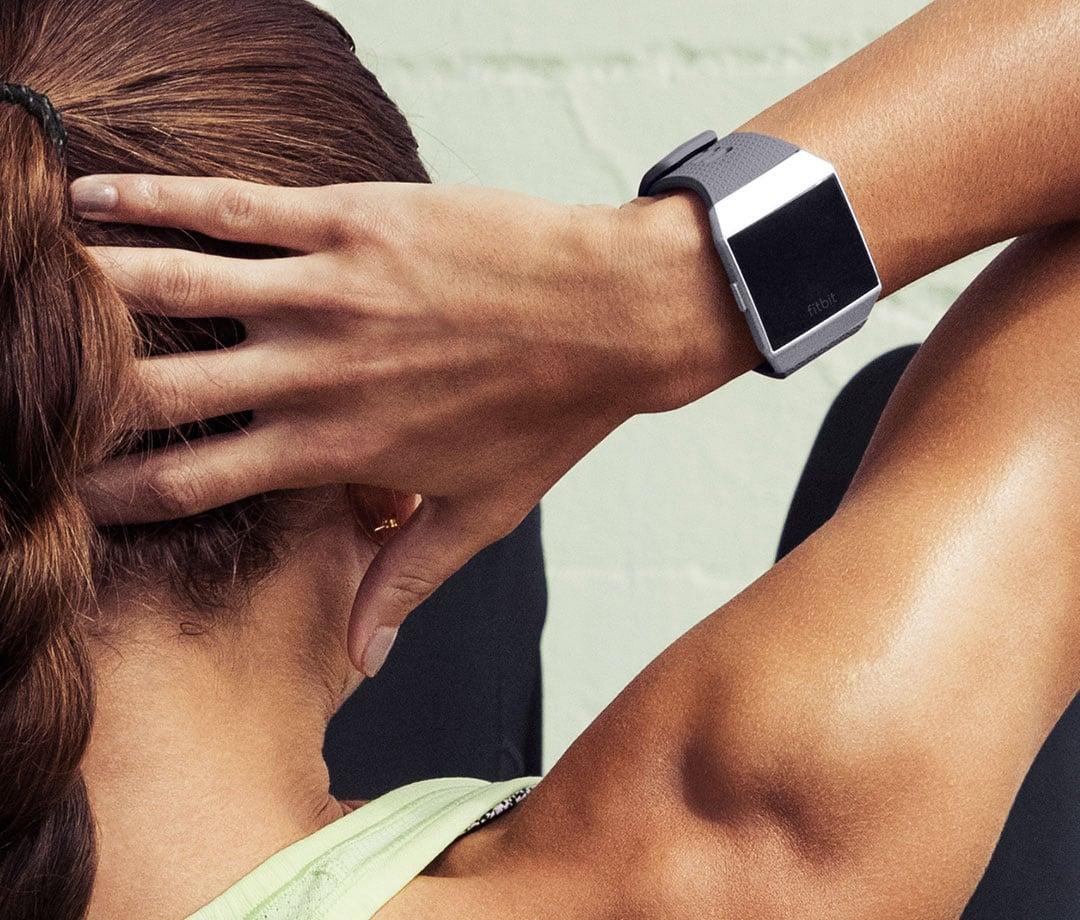 Fitbit Iconic 05