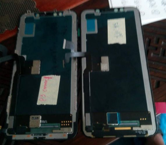 IPhone8 OLEDDisplay 02
