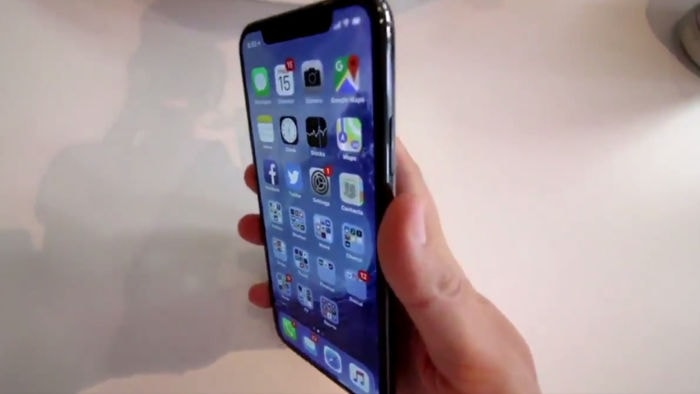 IPhoneX LEAKVIDEO 02