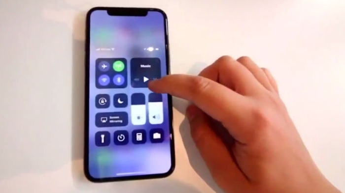 IPhoneX LEAKVIDEO 03