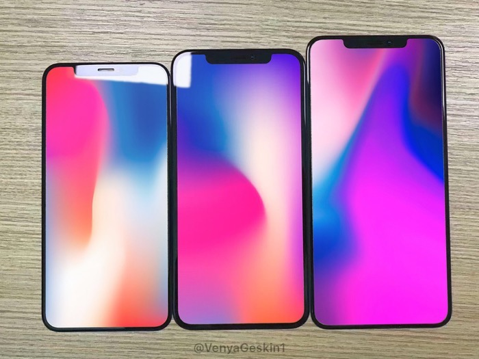 IPhone2018model glasspanel 01