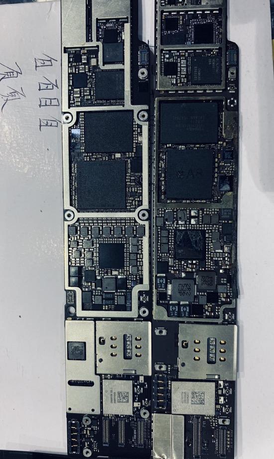 IPadmini5 logicboard 01
