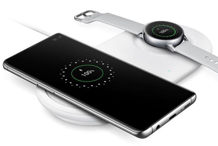 GalaxyS10 EarphoneJack 01