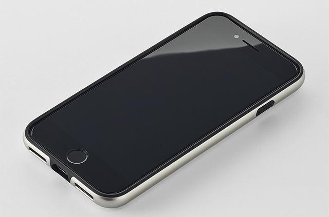 ZEROHALLIBURTON iPhoneCase 01