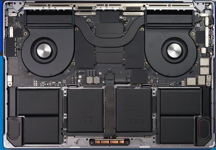 M1ProMax MacBookPro teardown 02